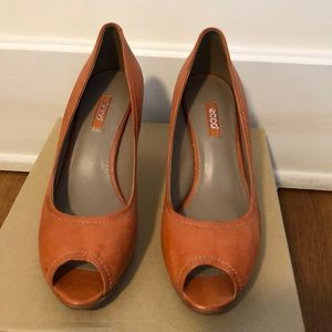 Ecco Platform Heel Orange w/Stitching SZ 40